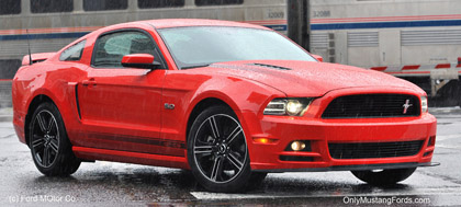 2013 gt mustang with coyote v8