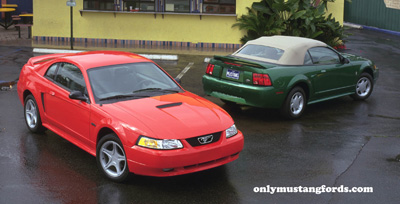 2000 ford mustang coupe and convertible