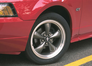 2001 ford mustang wheels