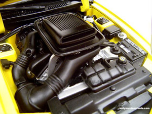 2004 mach 1 diecast engine compartment