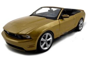 2010 mustang convertible model