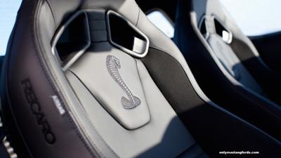 gt500 recaro seats