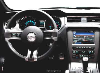 2013 Ford SYNC display in Mustang GT
