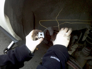 wrong brake caliper piston retracting tool