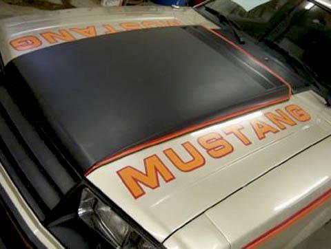 1979 pace car hood mustang
