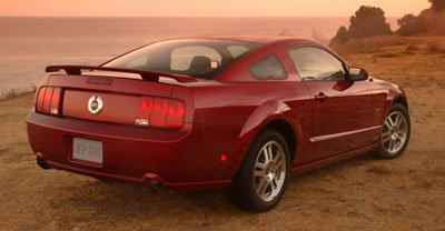 2005 Mustang rear fascia