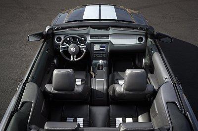 2010 shelby gt500 interior