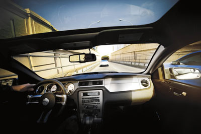 2011 mustang glass roof option