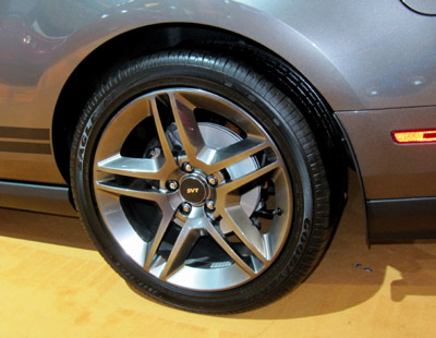 2011 gt500 alloy wheels and tires