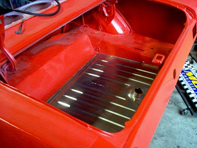 installed mustang gas tank in trunk